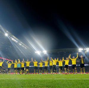 Borussia Dortmund Vs Moenchengladbach Selesai 1-0