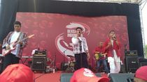 RAN hingga Radja Hibur Relawan Jokowi di Patung Kuda