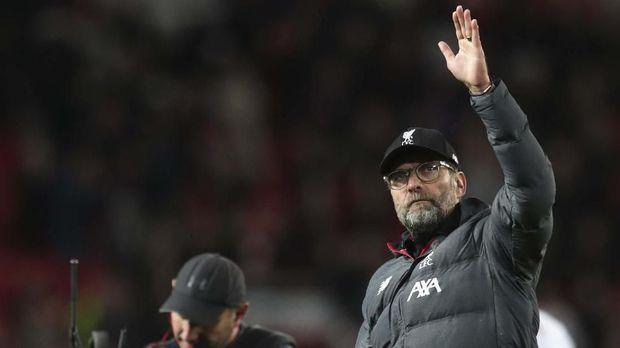 Jurgen Klopp belum membuat keputusan soal nasib Mohamed Salah.