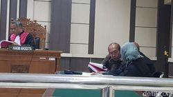 Mantan Bupati Sragen Dituntut 1,5 Tahun Bui