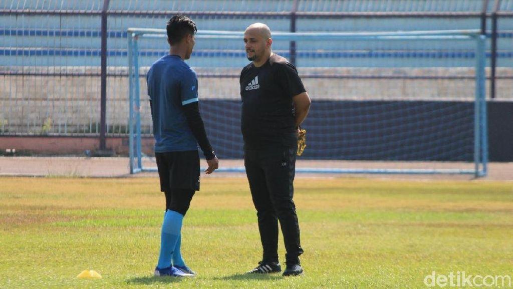 Fabio Oliveira Jadi Asisten Nilmaizar di Persela
