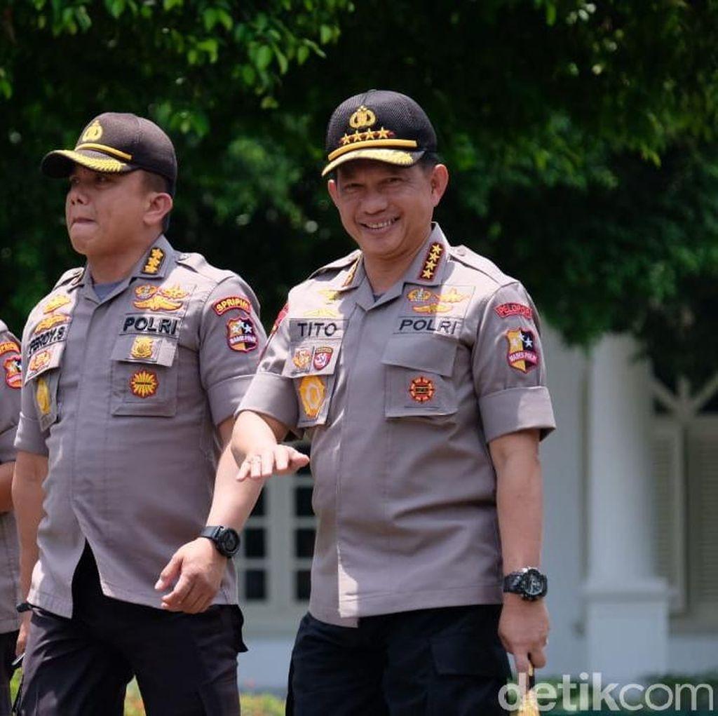 Jokowi Berhentikan Jenderal Tito dari Kapolri, Surat Sudah Diterima DPR