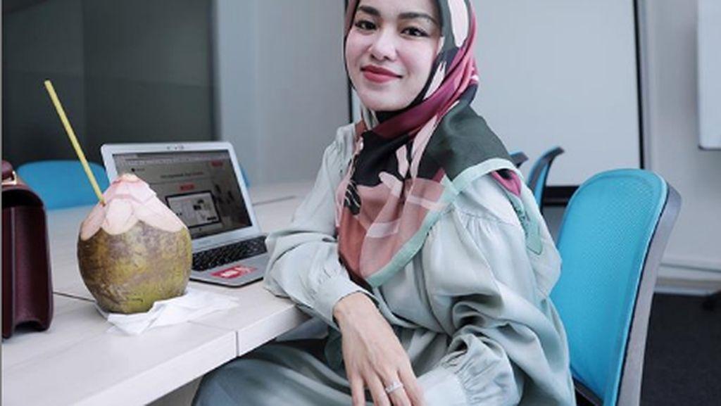 Pebisnis Tajir, Medina Zein Kerap Kulineran Mewah dengan Tokoh Penting