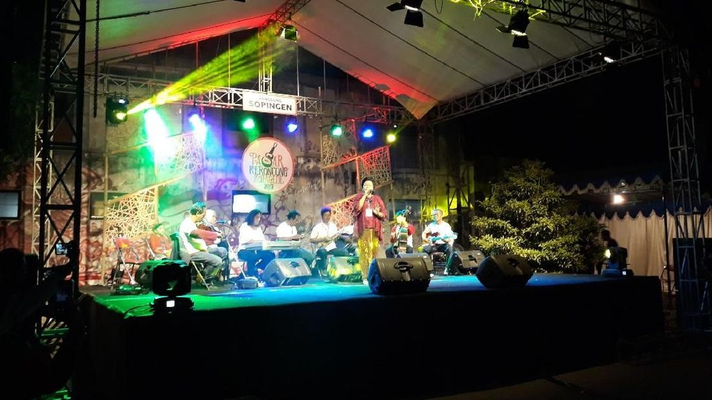 Menikmati Musik Keroncong di Pasar Keroncong Kota Gede