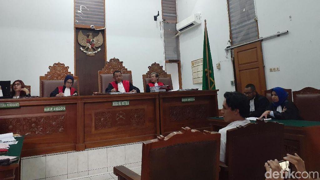 Jefri Nichol Dituntut 10 Bulan Pidana Terkait Kasus Ganja