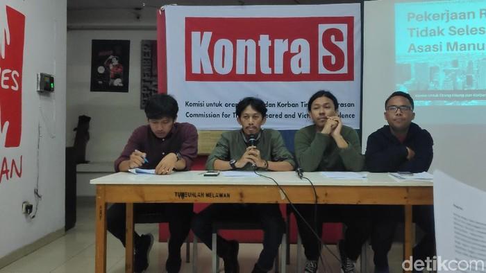 KontraS menggelar konferensi pers terkait penilaian 5 tahun pemerintahan Jokowi (Foto: Matius Alfons/detikcom)