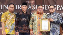 Dinilai Sukses Benahi Semarang, Walkot Hendi Diganjar Apresiasi