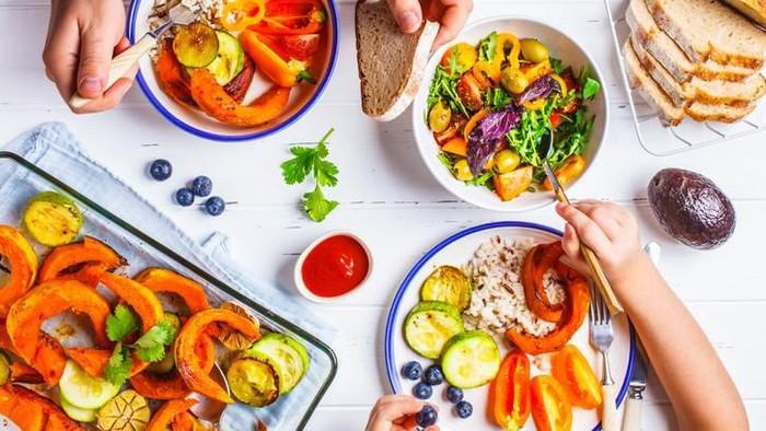 5 Pola Makan yang Harus Dihindari Saat Diet Agar Berat Cepat Turun