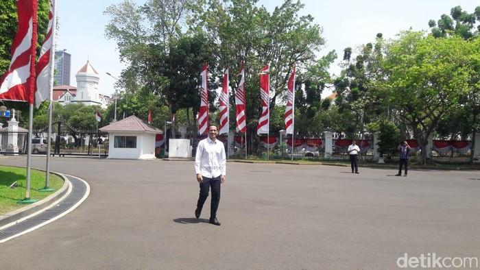 Foto: Nadiem Makarim ke Istana (Marlinda/detikcom)