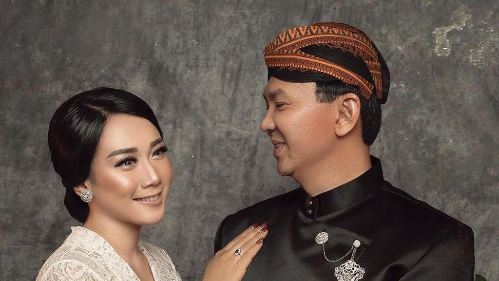 Ahok dan Puput Jadi Pengantin Jawa, Mesra di Foto Pernikahan