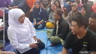 Datangi Pengungsi Angin Kencang, Gubernur Khofifah Minta Psikologi Support