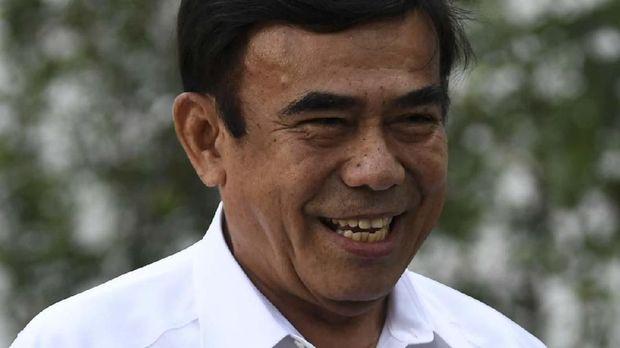Menag Fachrul Razi menyebut pihaknya akan melarang faham khilafah.