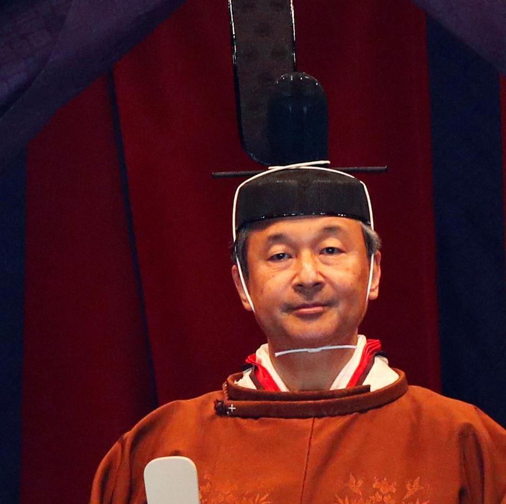 Banzai! Naruhito Resmi Umumkan Penobatannya sebagai Kaisar Jepang
