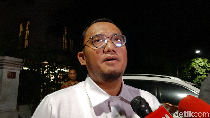 Sohibul Iman Temui Prabowo, Bahas Keputusan Masuk Kabinet Jokowi