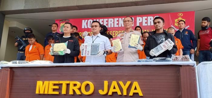 Konferensi Pers kasus dugaan penganiayaan Ninoy Karundeng. (Samsudhuha Wildansyah/detikcom)