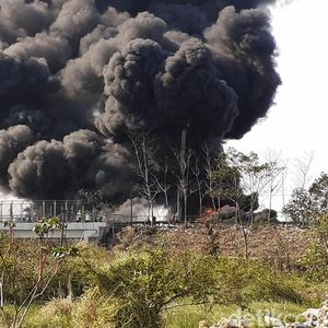 KCIC Masih Investigasi Penyebab Kebakaran Pipa di Tol Padalarang