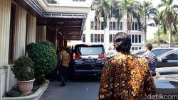 Wiranto Temui Kepala BNPB Doni Monardo di Kemenko Polhukam, Bahas Apa?