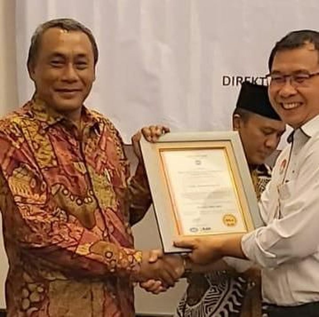 Disnakertrans Pemkab Serang Raih Sertifikat Quality Management System