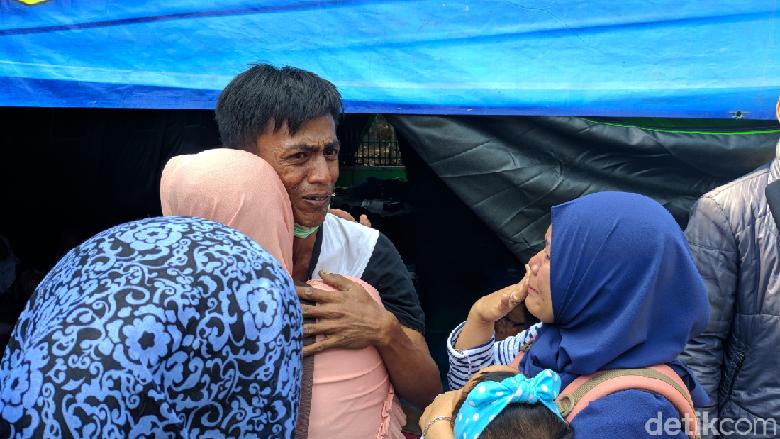 Kebakaran Jatinegara Hanguskan 56 Rumah, Camat: KTP-KK Terbakar Dibuatkan Baru
