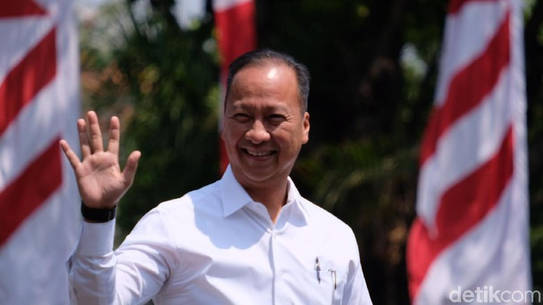 Pemanggilan Calon Menteri, Giliran Agus Gumiwang Merapat ke Istana