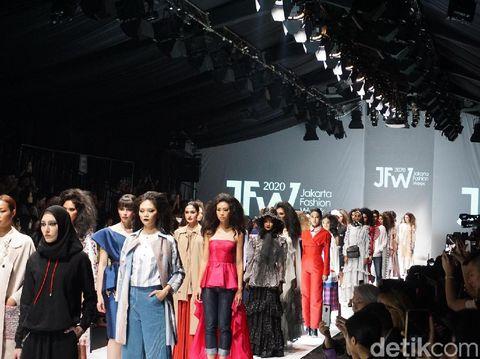 Pembukaan Jakarta Fashion Week 2020.