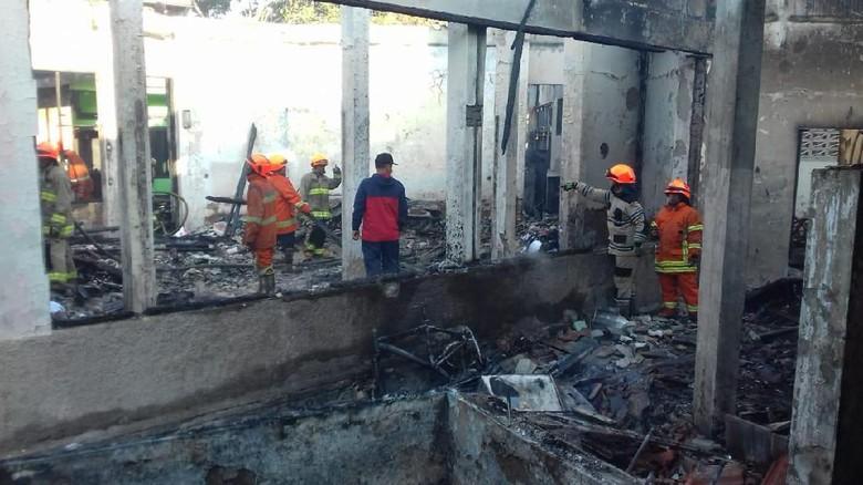 Gedung Paskibraka Bandung Terbakar, Petugas Selidiki Sumber Api