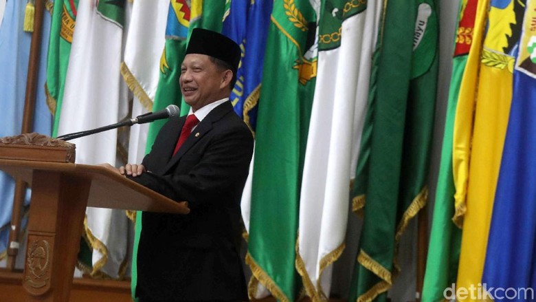 Usai Dilantik, Mendagri Tito Karnavian Akan Dampingi Jokowi ke Papua
