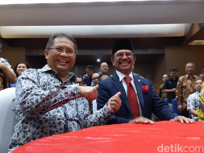 Rudiantara dan Menkominfo baru Johnny G Plate. Foto: detikINET/Agus Tri Haryanto
