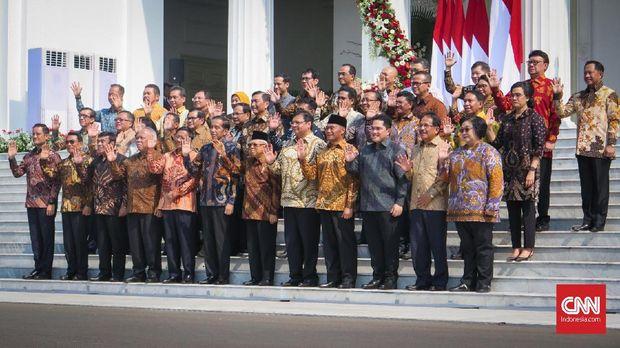 Bagi Jokowi, hari Rabu kerap menjadi hari 'spesial' untuk mengumumkan sejumlah keputusan penting. Ada apa dengan hari Rabu?