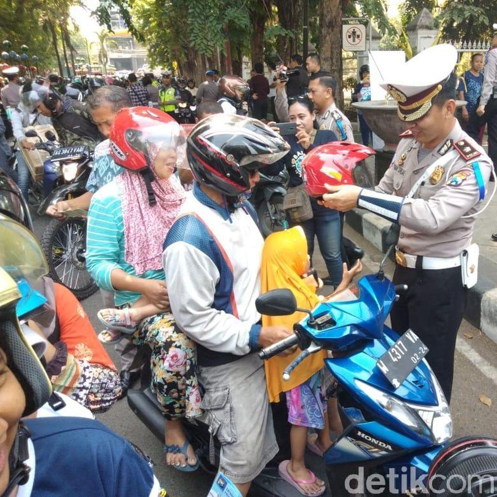 Keren, Pengendara Tertib Lalin di Sidoarjo Bisa Dapat Sepeda Motor