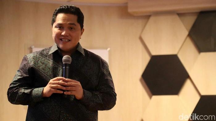 Erick Thohir menggantikan posisi Rini Soemarno sebagai Menteri BUMN periode 2019-2024. Proses sertijab jabatan itu pun digelar di Kantor Kementerian BUMN.