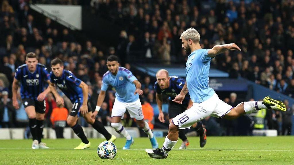Man City Ungguli Atalanta 2-1 Saat Turun Minum