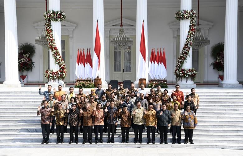 Usia Menteri Jokowi: Nadiem Termuda, Fachrul Razi Paling Tua