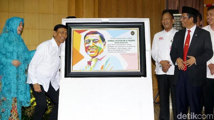 Wiranto dalam pisah sambut Menko Polhukam (grandy/detikcom)