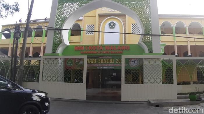 Madrasah Ibtidaiyah Negeri (MIN) 1 Malang (Foto file: Muhammad Aminudin)