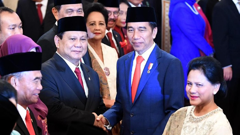 Tak Langsung Sertijab, Menhan Prabowo Pulang ke Rumah Usai Dilantik