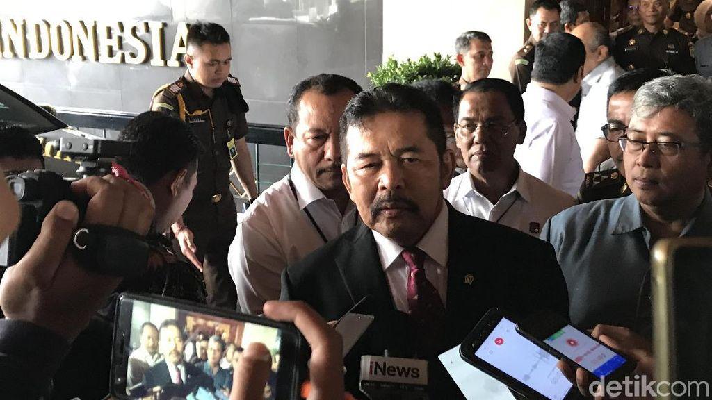 Tak Bertemu Prasetyo, Jaksa Agung ST Burhanuddin Belum Tahu Kapan Sertijab