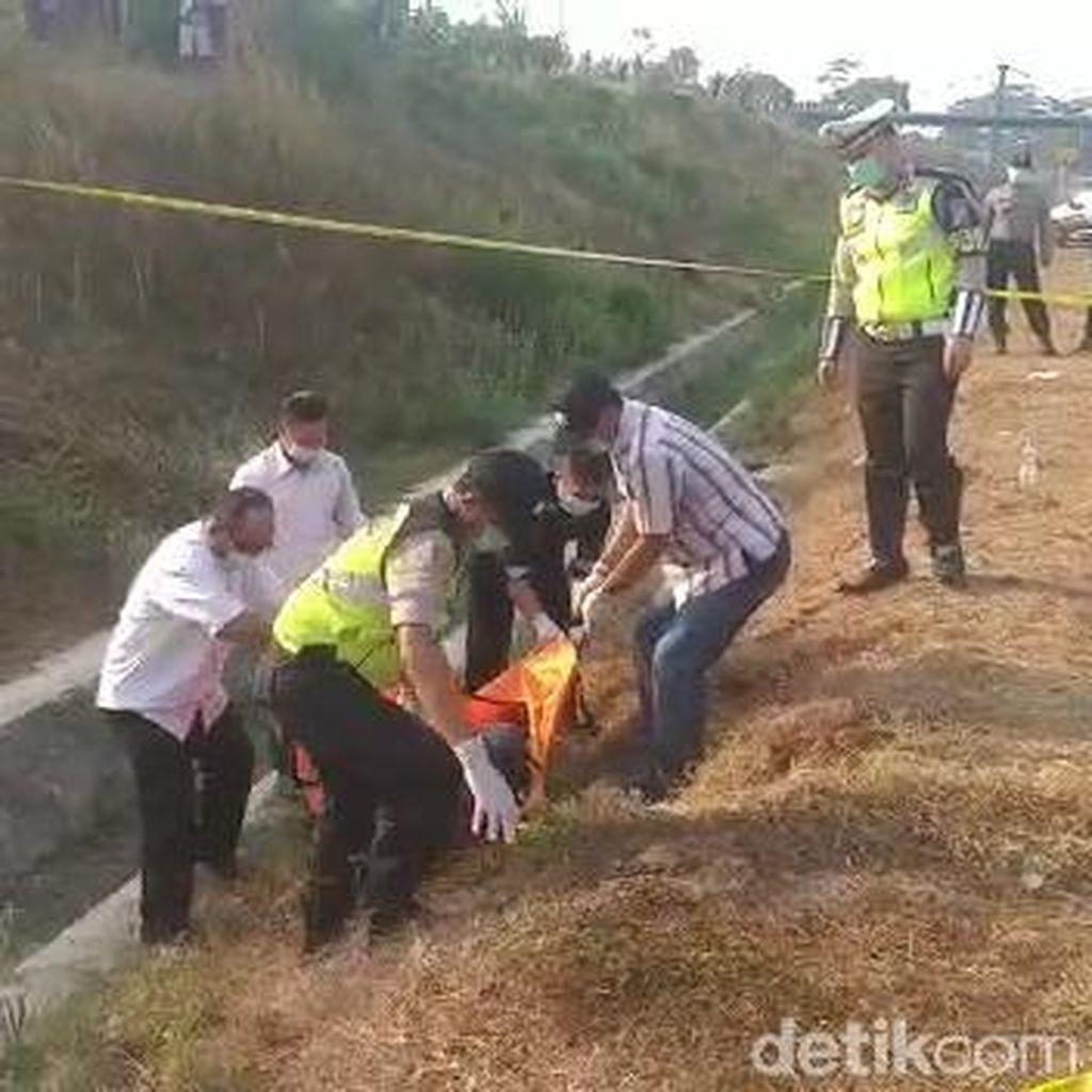 Mayat Pria Tergeletak di Tol Pandaan Ternyata Driver Online