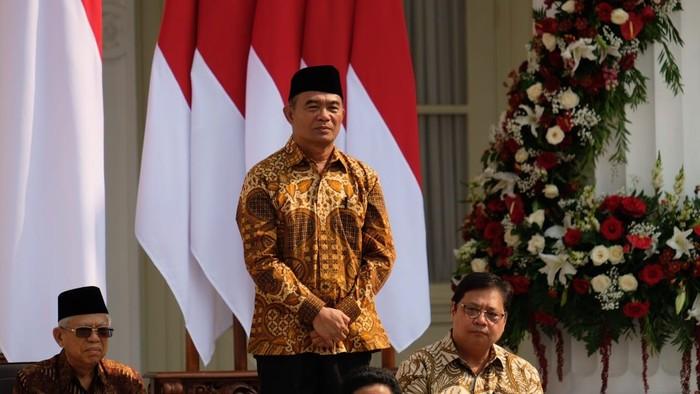 Jokowi kenalkan jajaran kabinet