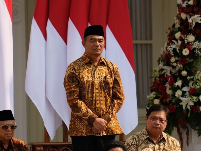 Jokowi kenalkan jajaran kabinet, st burhanuddin, muhadjir effendy