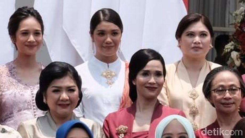 Foto: Istri-istri Cantik Menteri Jokowi yang Curi Atensi di Pelantikan