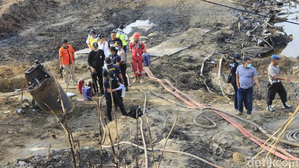 Puslabfor Olah TKP Lokasi Ledakan Pipa Pertamina di Cimahi