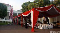 Jelang Pelantikan Menteri, Tenda Merah Putih Disiapkan di Halaman Istana