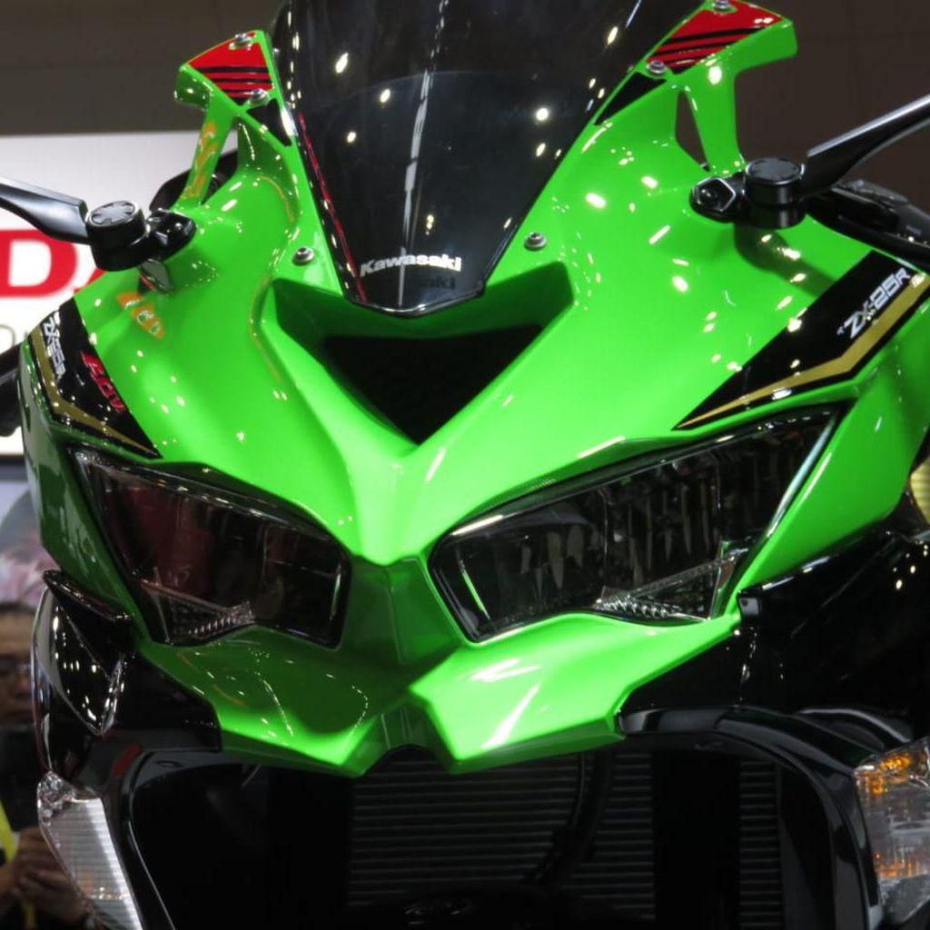 Resmi! Ini Tampang Kawasaki Ninja 250cc 4 Silinder