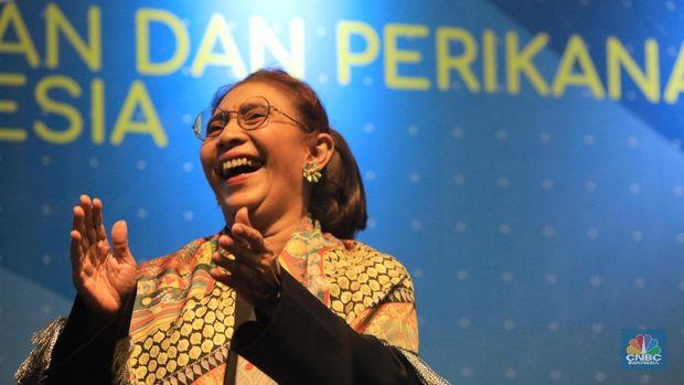 Menteri KKP Edhy Prabowo dan Susi Pudjiastuti (CNBC Indonesia/Andrean Kristianto)