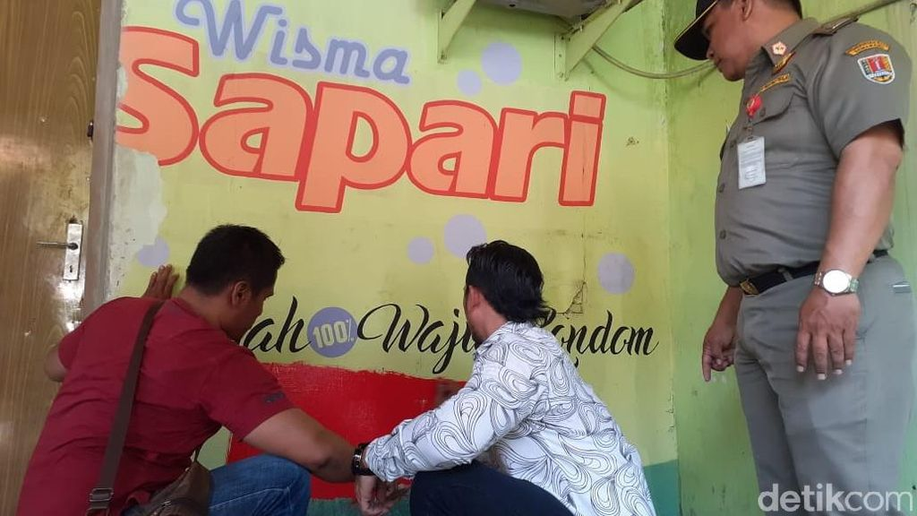 Gambar Erotis di Karaoke Eks Lokalisasi Sunan Kuning Semarang Dihapus