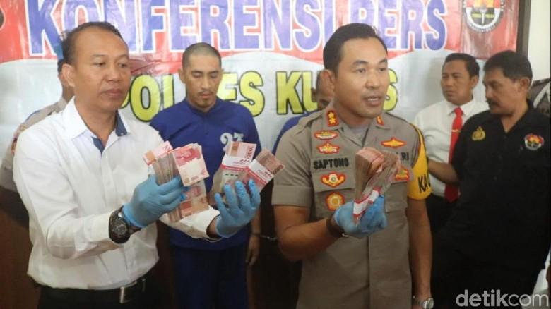 Bobol Rumah Polisi di Kudus, 2 Pencuri Ini Gasak Emas dan Duit Puluhan Juta