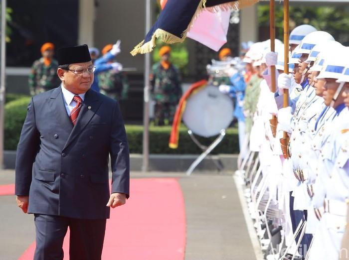 Menteri Pertahanan Prabowo Subianto akan kunjungan kerja ke Malaysia besok membahas isu pertahanan. (Grandyos Zafna/detikcom)