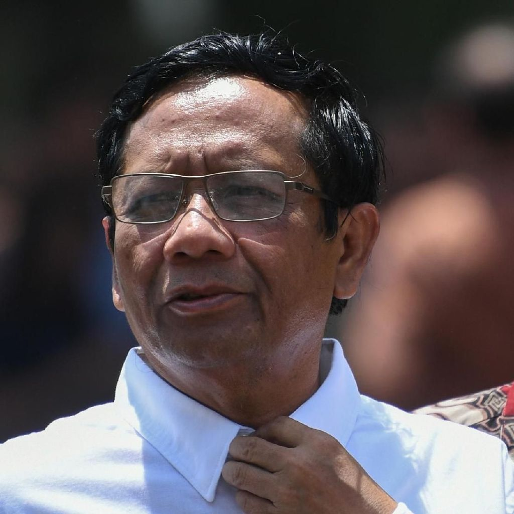 Mahfud Md: Agus Rahardjo Cs Tak Bisa Gugat UU 19/2019 Jika Wakili KPK