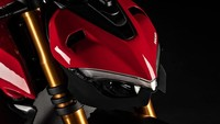 Motor ini dibekali suspensi depan upside down Öhlins NIX-30 dan suspensi belakang Öhlins TTX36. Juga sudah dilengkapi steering damper elektronik buatan Öhlins./Foto: Ducati